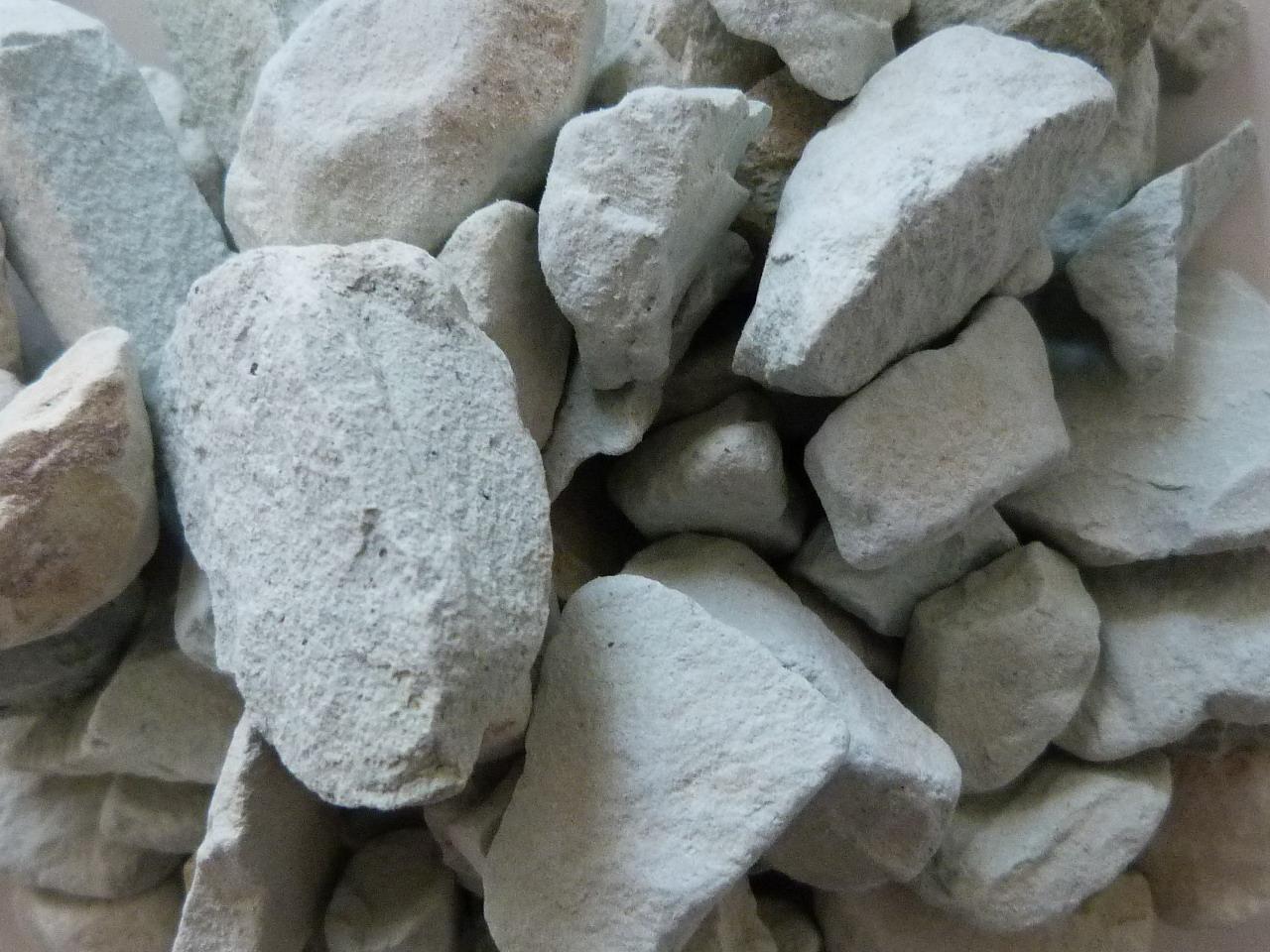 Siliz bio massif filtrant et fond de bassin 8 16 mm for Zeolite piscine